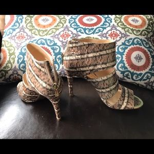 Jessica Simpson  heels; w/zipper